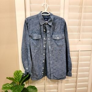 Old Navy Chambray Long Sleeve Button-Up Size L